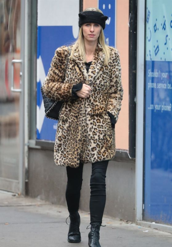 Nicky Hilton Street Fashion 11/30/2018
