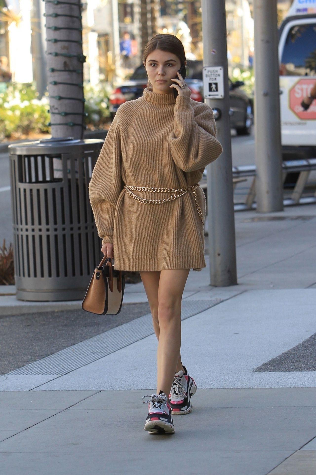 Olivia Jade Giannulli Street Style 12 21 2018