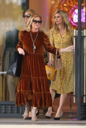 Paris Hilton, Nicky Hilton and Kathy Hilton - Christmas Shopping at Barneys NY 12/23/2018