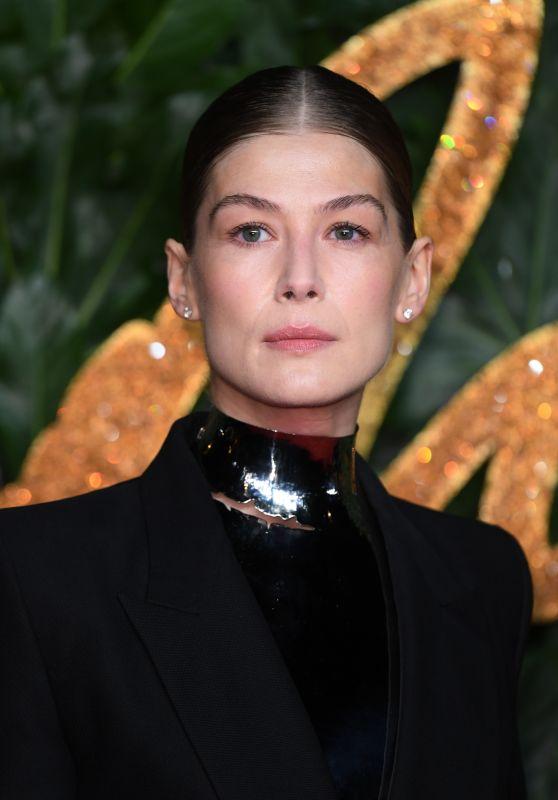 Rosamund Pike – The Fashion Awards 2018 in London