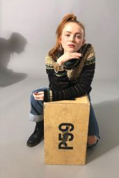Sadie Sink - Personal Pics 12/05/2018