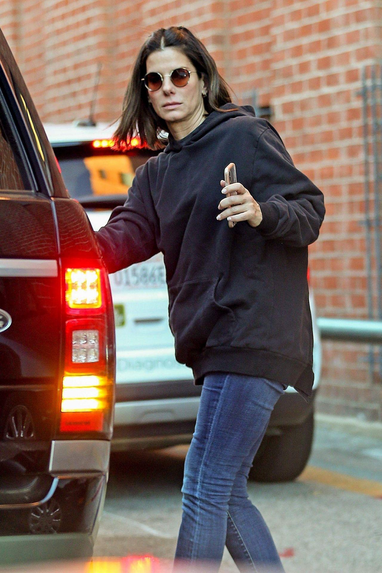 Sandra Bullock Latest Photos - CelebMafia