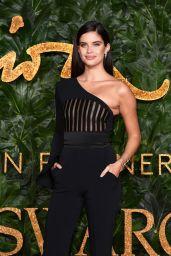 Sara Sampaio – The Fashion Awards 2018 in London
