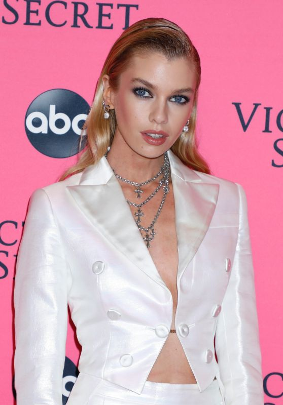 Stella Maxwell – 2018 Victoria's Secret Viewing Party in NYC (Part II)