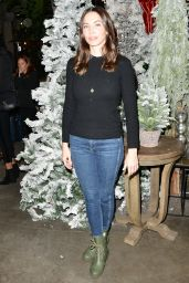 Whitney Cummings – Love Leo Rescue Cocktails for a Cause Fundraiser 12/06/2018