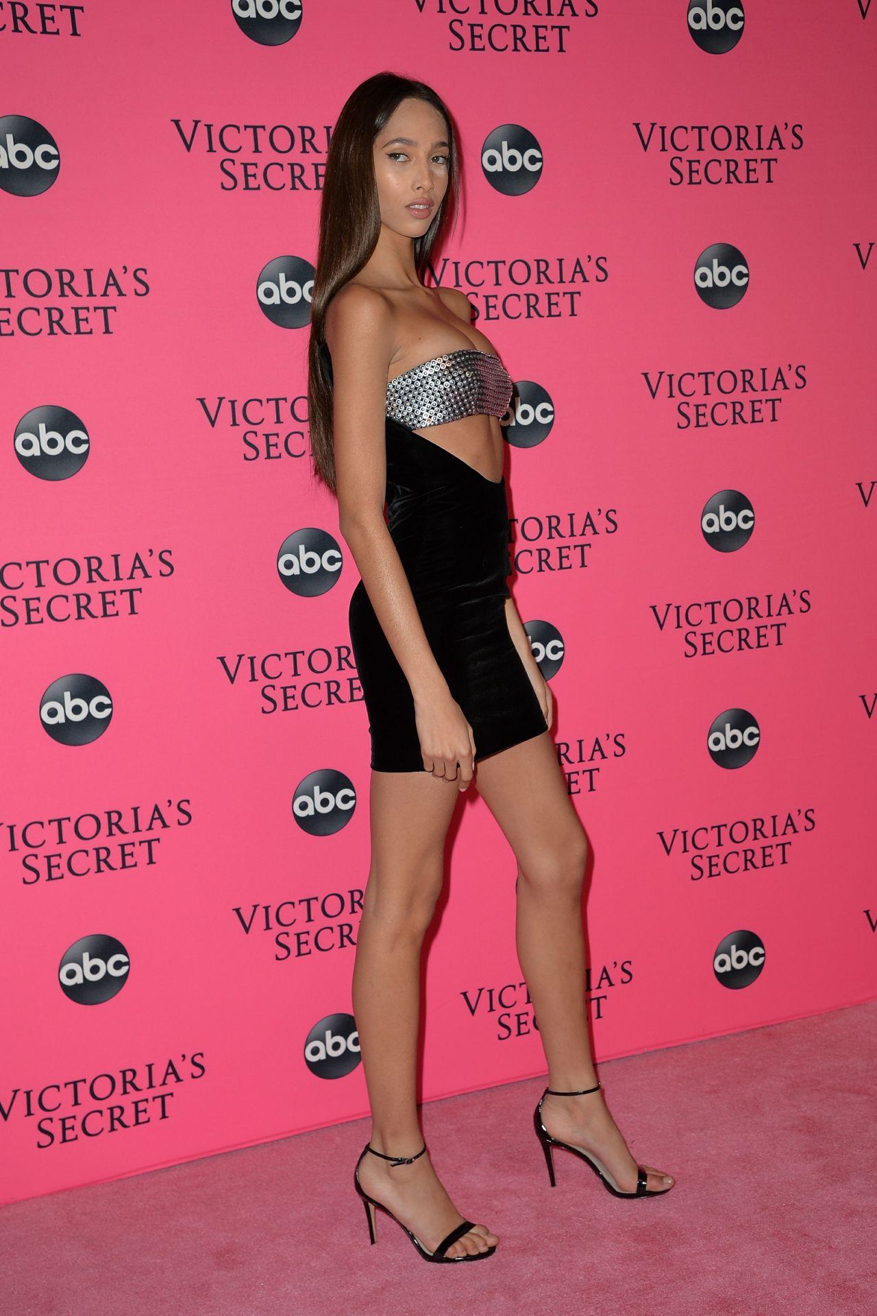 Yasmin Wijnaldum 2018 Victoria S Secret Viewing Party In Nyc