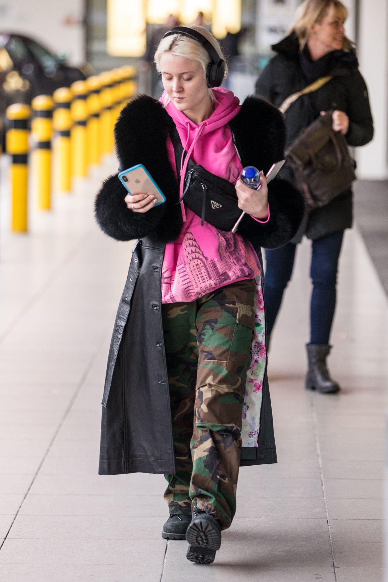 zara larsson outfits