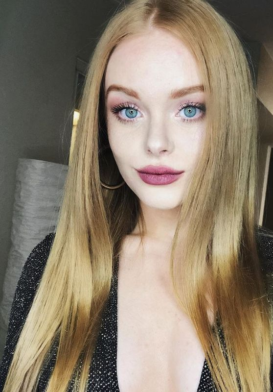 Abigail Cowen - Personal Pics 01/23/2019