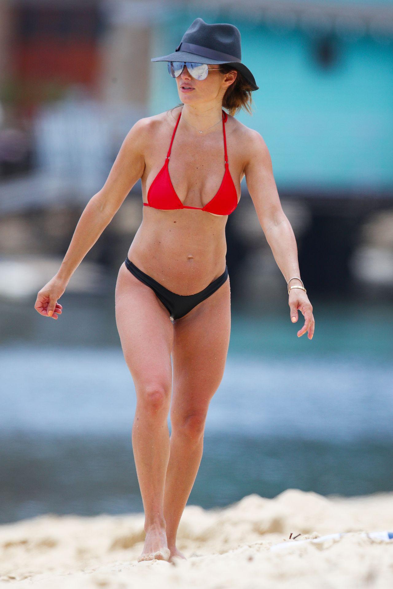 Ada Nicodemou Bikini Nude Photos 66