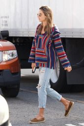 Alessandra Ambrosio Street Style 01/12/2019