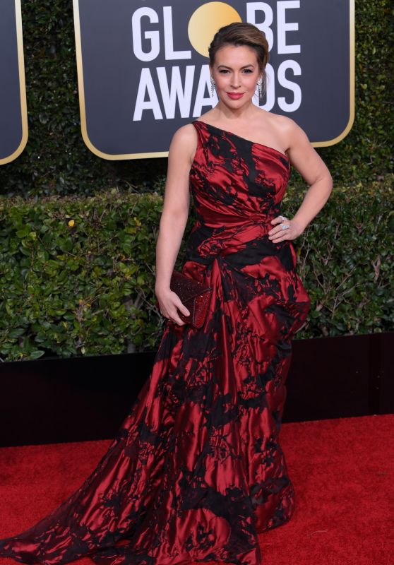 Alyssa Milano – 2019 Golden Globe Awards Red Carpet