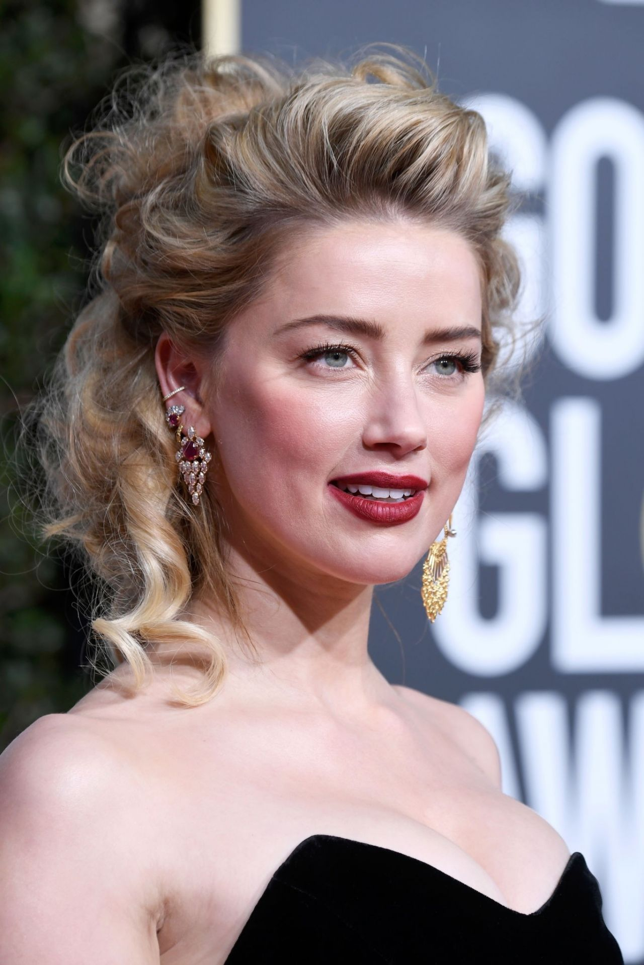 Amber Heard – 2019 Golden Globe Awards Red Carpet Amber Heard