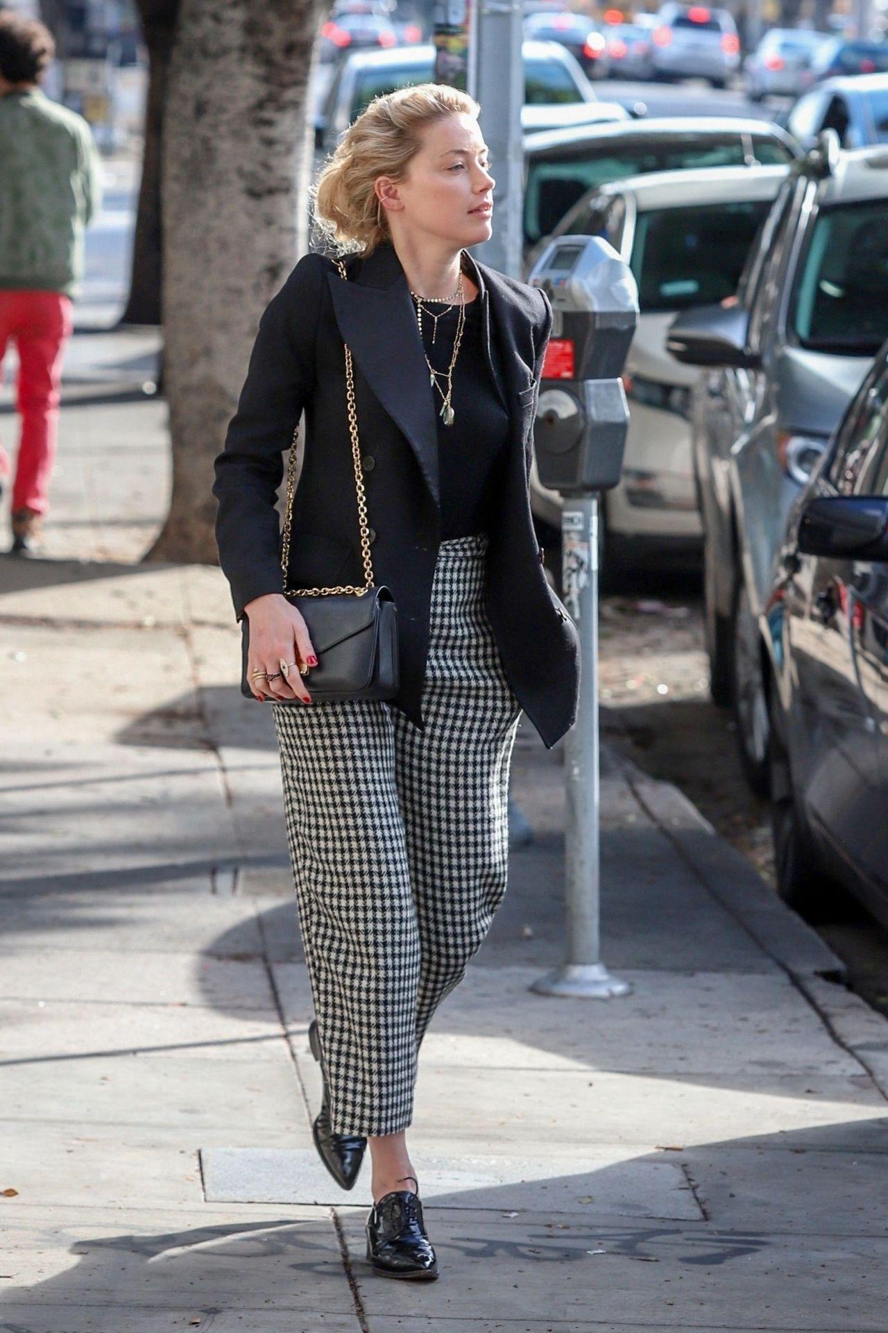 Amber Heard Street Fashion 01 07 2019
