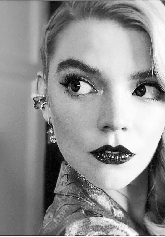 Anya Taylor-Joy - Personal Pic 01/21/2019