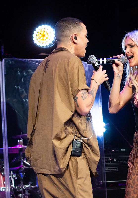 Ashlee Simpson and Evan Ross Performs in Concert in NYC 01/07/2019