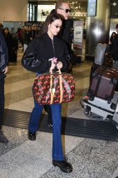 Bella Hadid Travel Style 01/13/2019