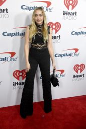 Brandi Cyrus - iHeartRadio Podcast Awards in Burdank 01/18/2019
