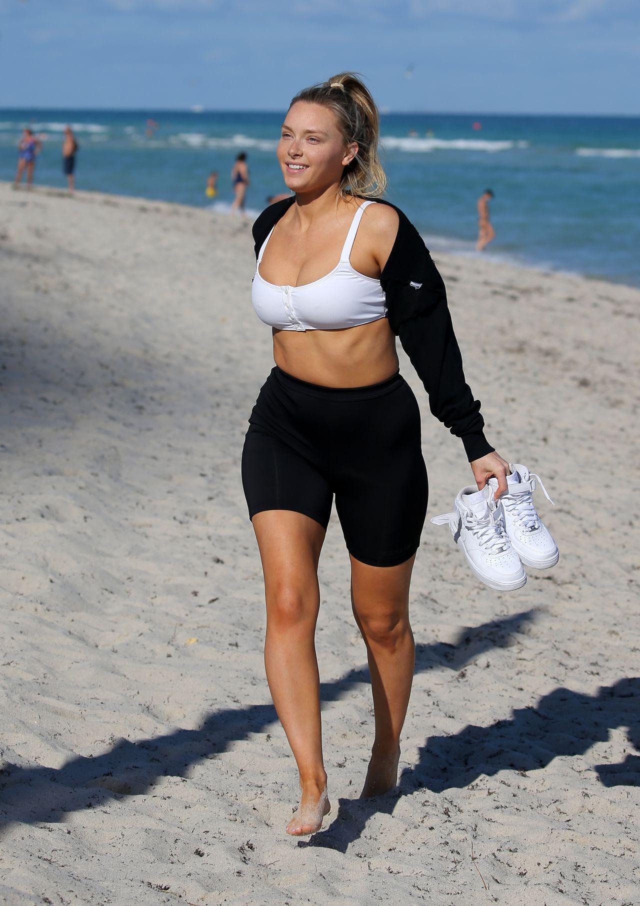 Camille Kostek nude (41 photos), cleavage Boobs, Snapchat, cleavage 2019