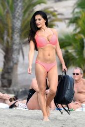 Casey Batchelor in Bikini 01/01/2019