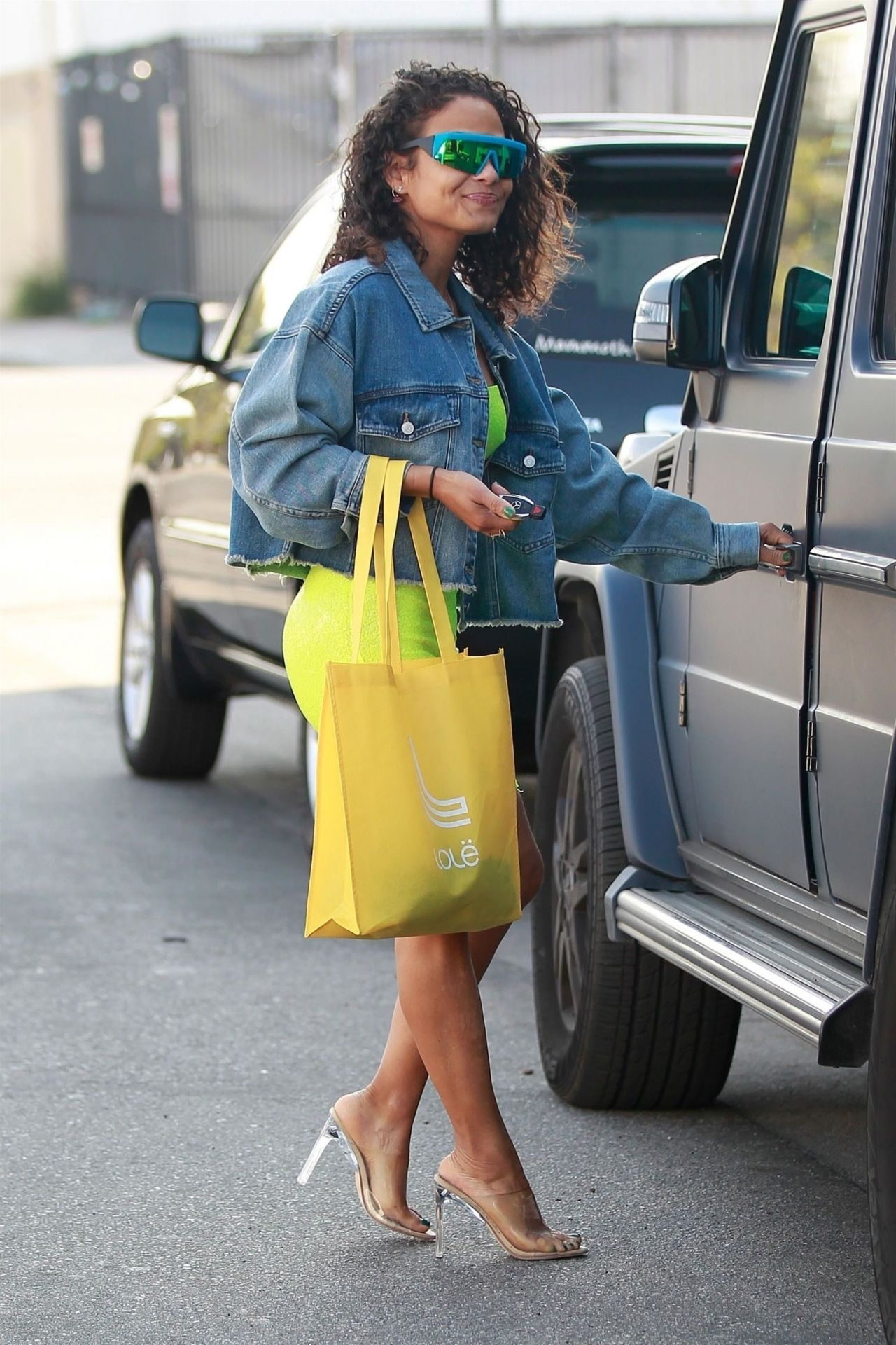 Christina Milian In Neon Green Shops In Los Angeles 01