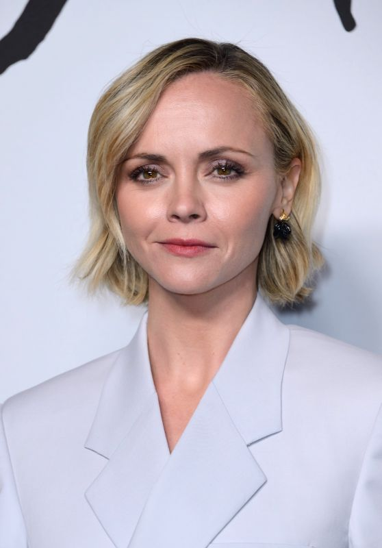 Christina Ricci – Dior Homme Menswear Show in Paris 01/18/2019