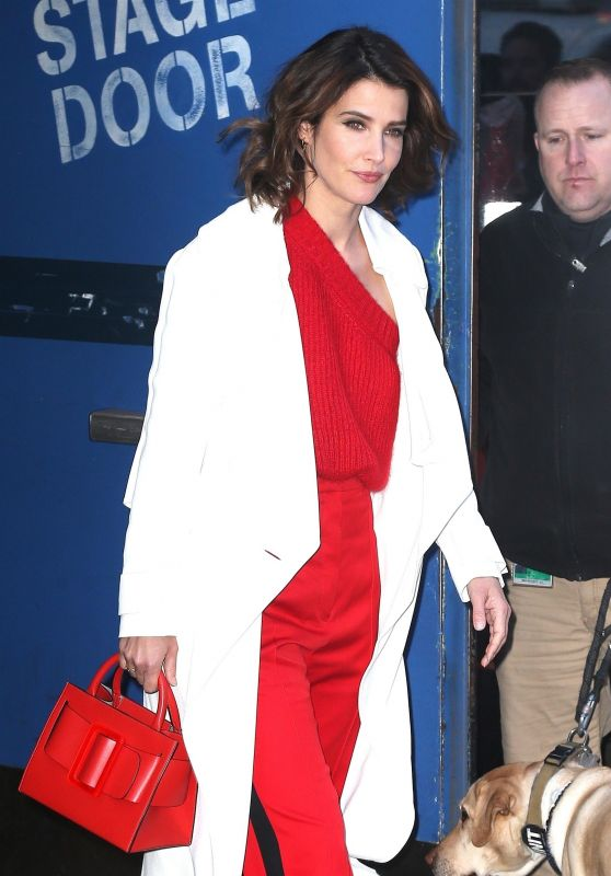 Cobie Smulders Arriving to Appear on GMA in NY 01/09/2019