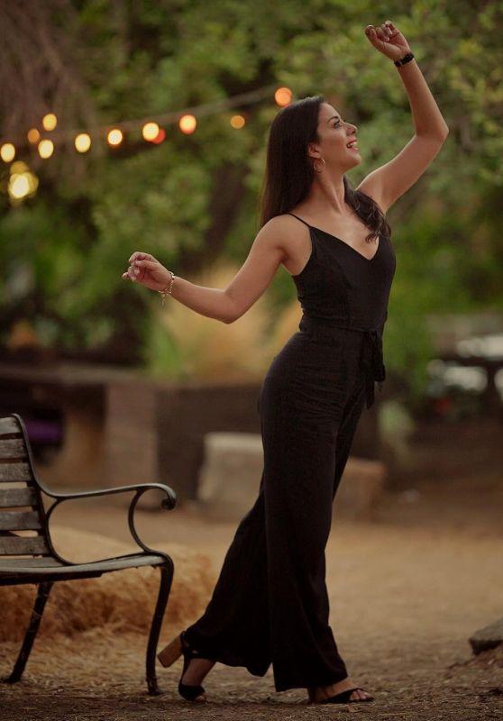 Cristina Santana - Personal Pics 01/03/2019