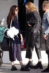Dakota Johnson With Her Brother Jesse and her sister Grace - Shopping in Hollywood 01/29/2019