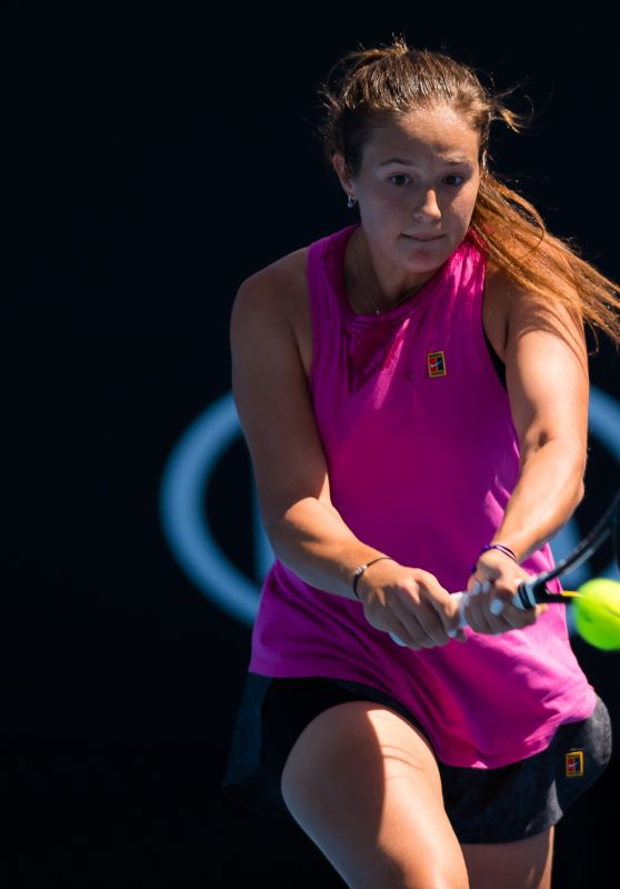 Daria Kasatkina – Practicing in Melbourne 01/13/2019