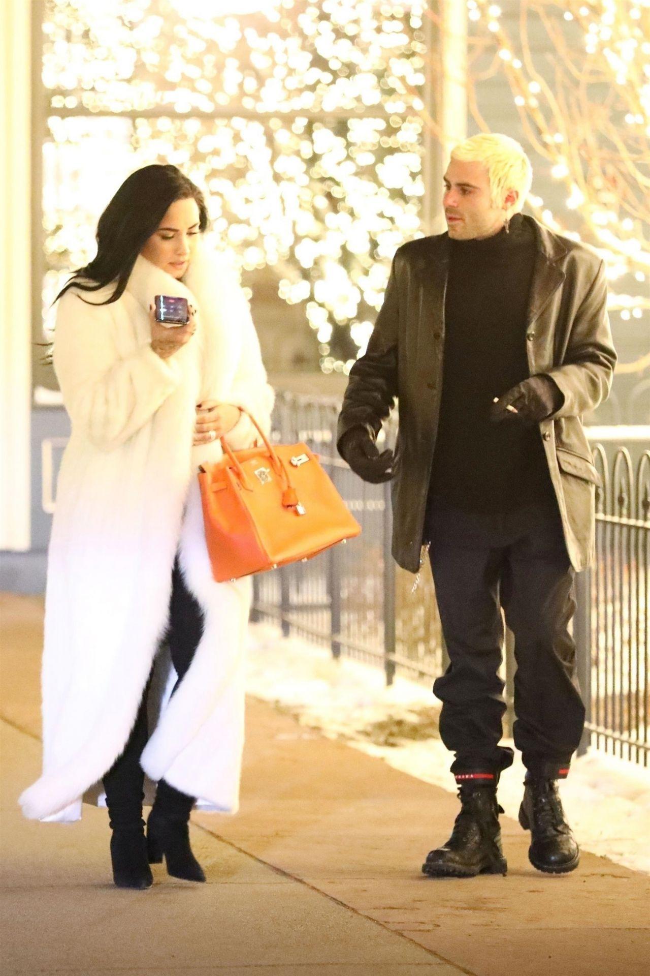 Demi Lovato and Henri ... Orlando Bloom