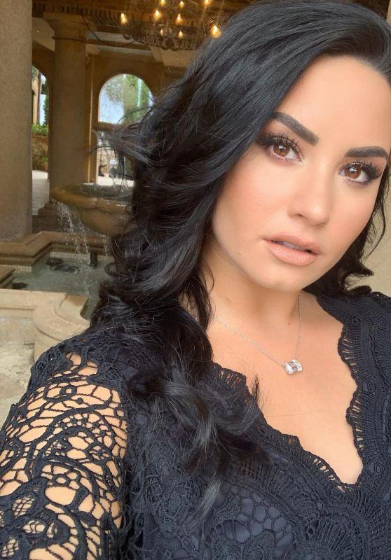 Demi Lovato - Personal Pics 01/15/2019