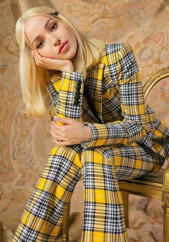 Dove Cameron - Cosmopolitan Photoshoot January 2019