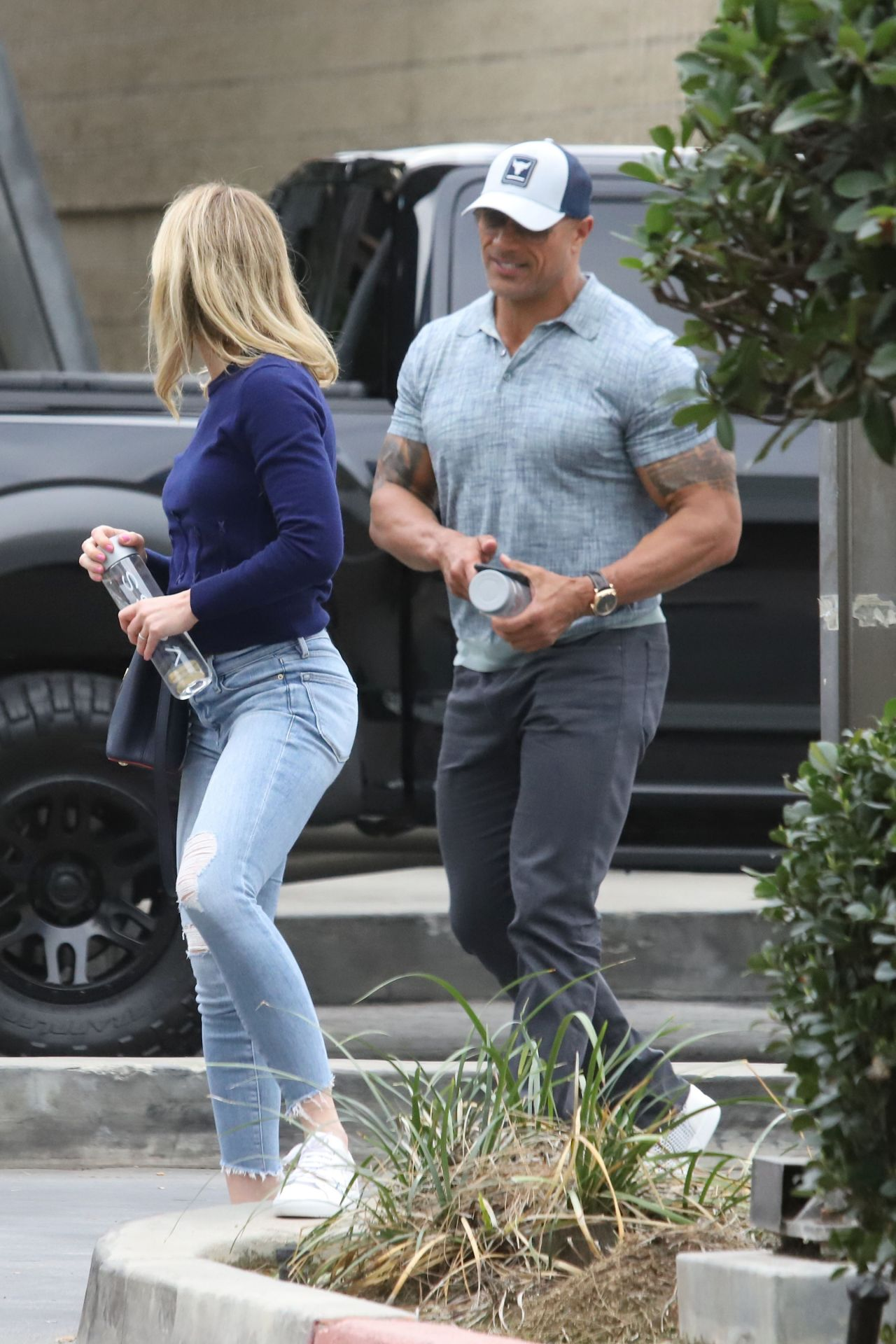 Emily Blunt And Dwayne Johnson Business Meeting In