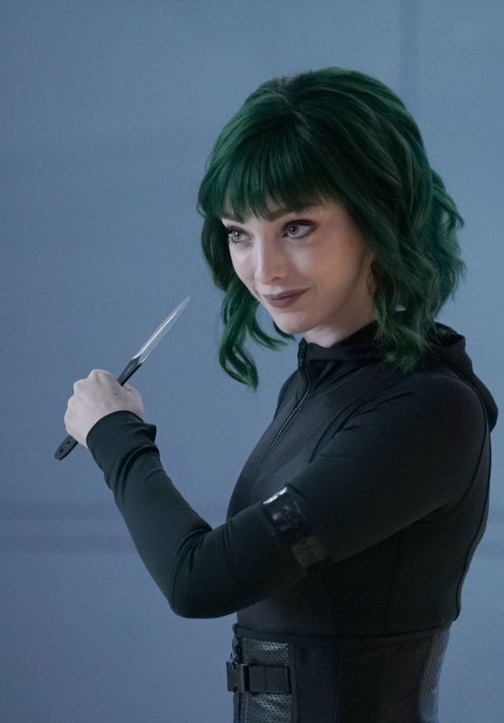 "Emma Dumont - ""The Gifted"" Season 2 Photos"