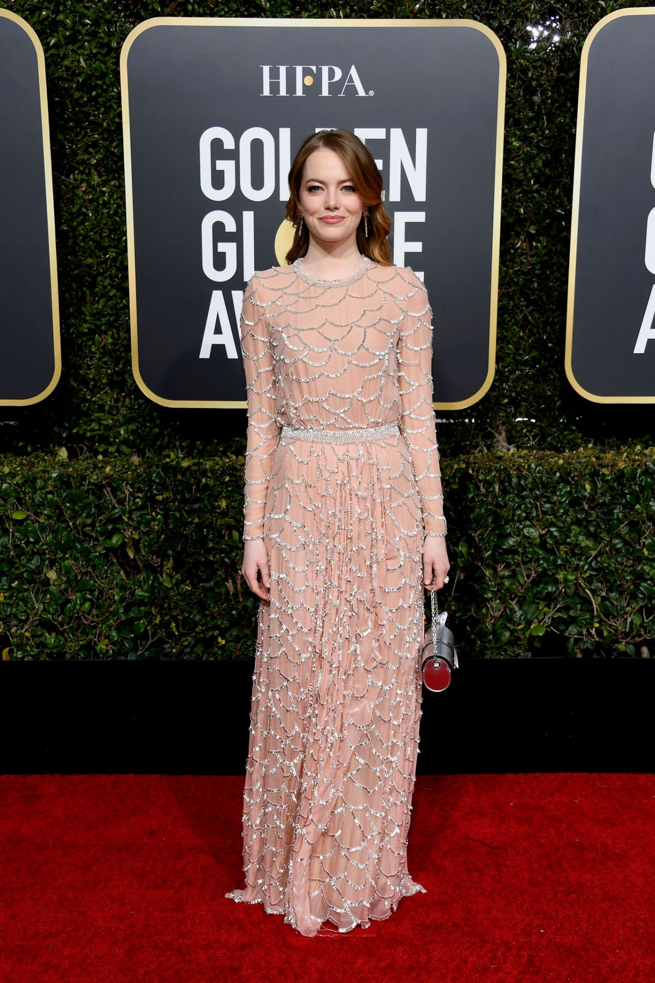 emma stone – 2019 golden globe awards red carpet