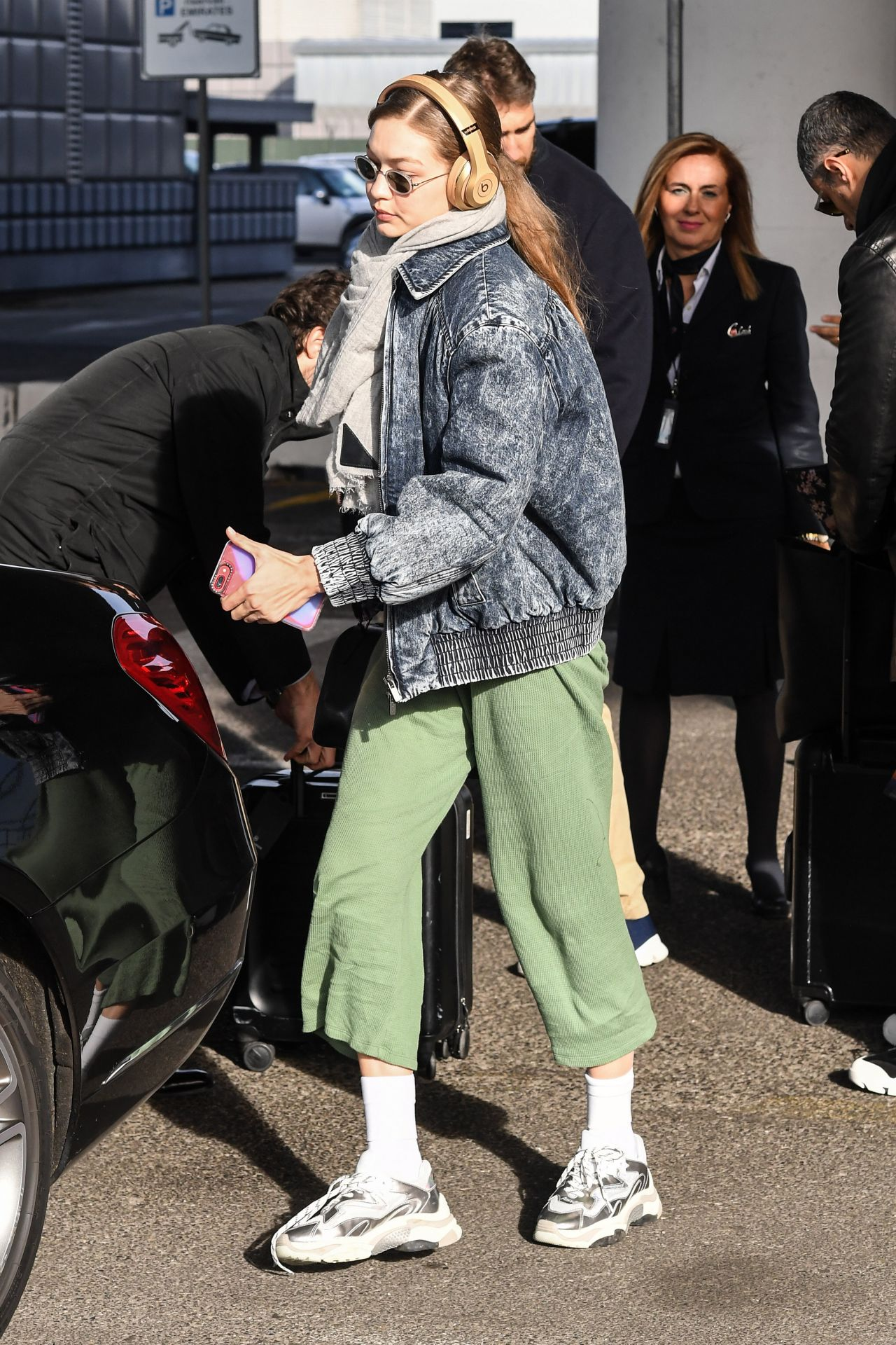 Gigi Hadid – Arrives at Malpensa Airport in Milan 01/12/2019
