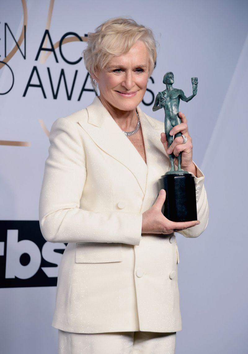 https://celebmafia.com/wp-content/uploads/2019/01/glenn-close-2019-sag-awards-6.jpg