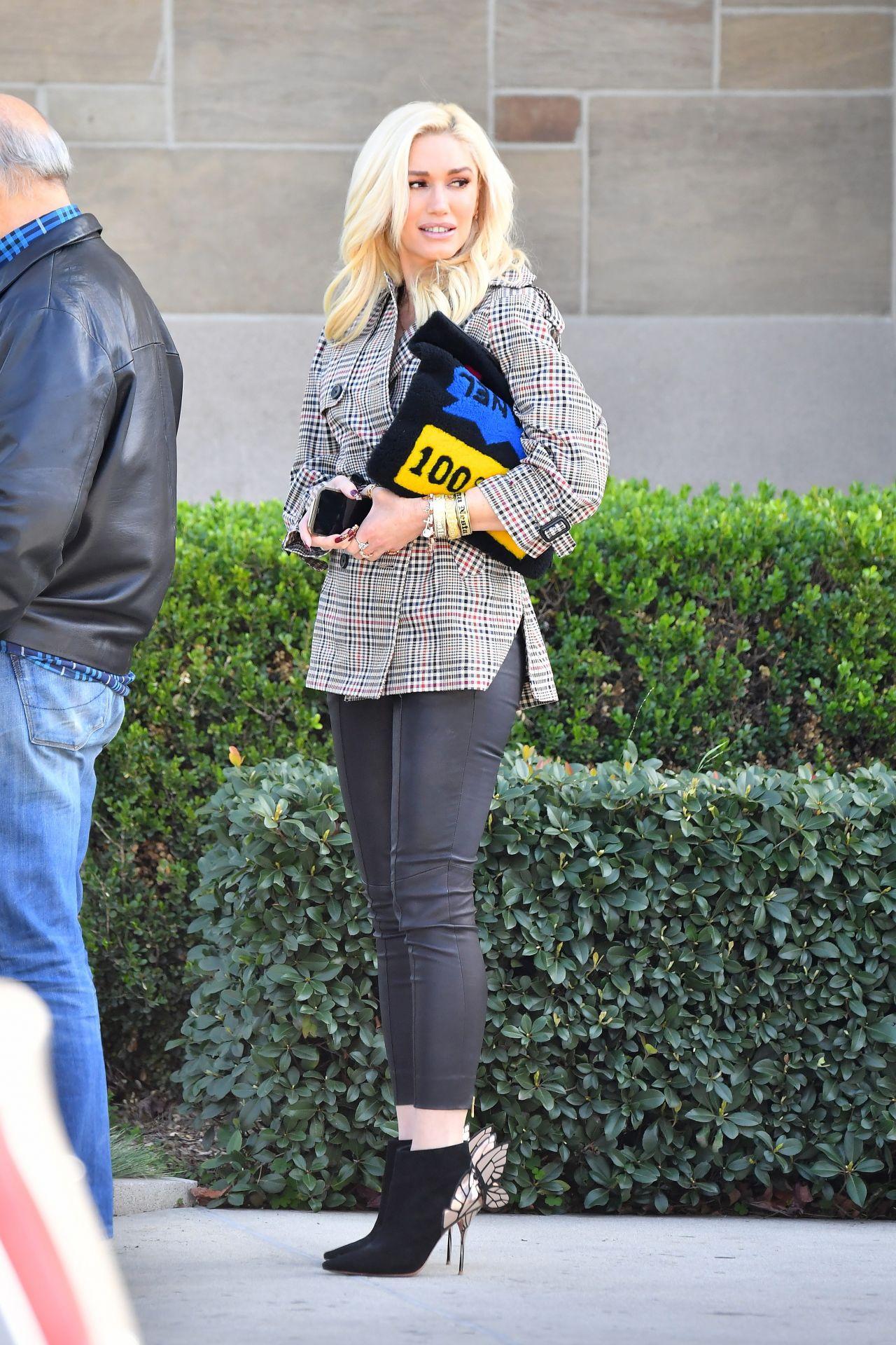 Gwen Stefani is Stylish - Heads to Church in LA 01/27/2019