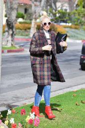 Gwen Stefani Style - Out in LA 01/20/2019