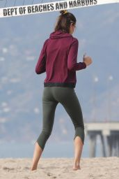 Hailey Clauson - Workout on the Beach in LA, January 2019