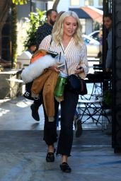 Hilary Duff - Leaves a Hair Salon in West Hollywood 01/04/2019