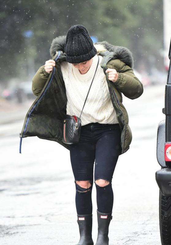 Hilary Duff - Out in the Rain in LA 01/14/2019