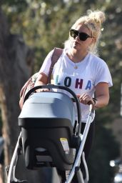 Hilary Duff - Runs Errands in Studio City 01/09/2019