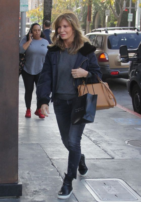 Jaclyn Smith - Shopping in Beverly Hills 01/18/2019