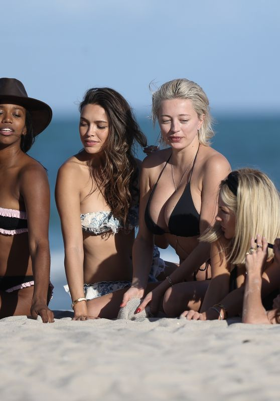 Jasmine Waltz, Caroline Vreeland, Shea Marie, Melody de la Fe and Tiffany Lighty - Bikini Photoshoot on Miami Beach 01/12/2019