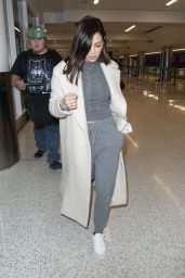 Jenna Dewan in Travel Outfit 01/25/2019