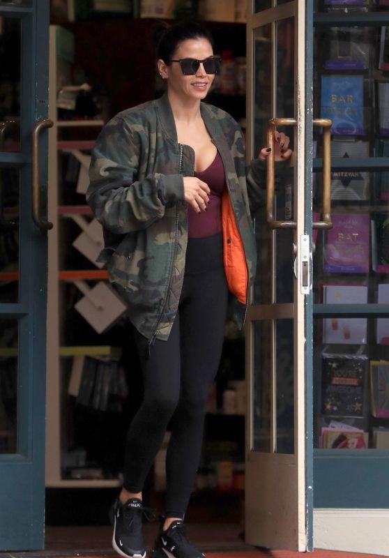 Jenna Dewan Street Style 01/07/2019