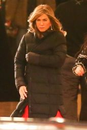 "Jennifer Aniston - TV show ""Top Of The Morning"" Set in Los Angeles 01/20/2019"