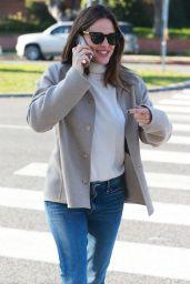 Jennifer Garner Casual Style 01/09/2019