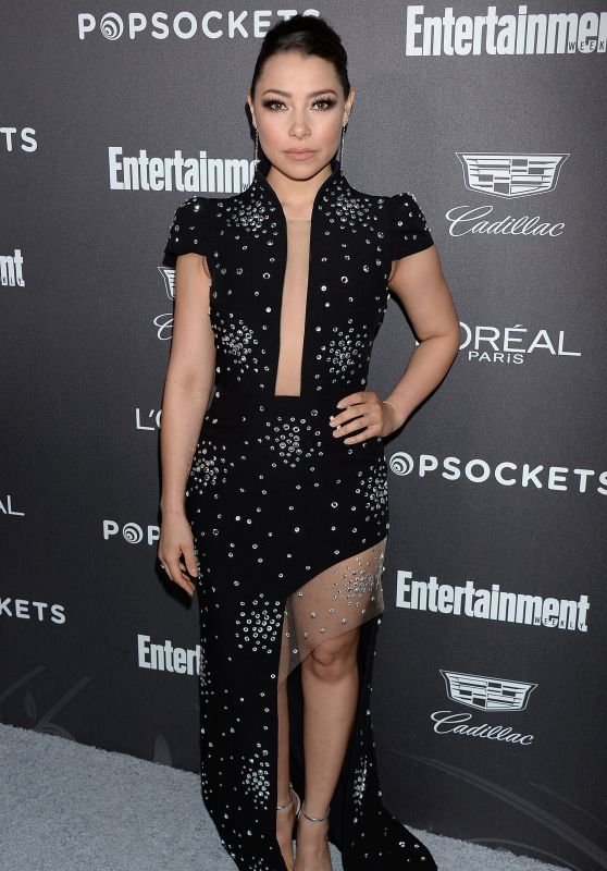 Jessica Parker Kennedy – 2019 EW Pre-SAG Party